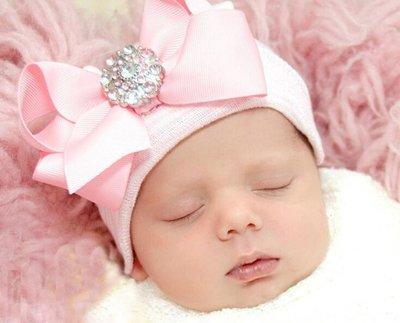 Newborn babymutsjes met strass strik